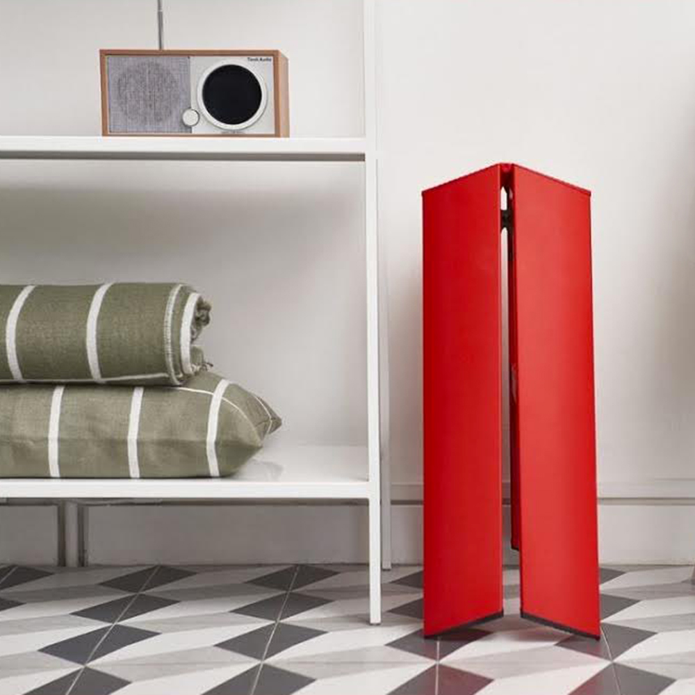 lucano ladder 2 step red lifestyle 03 1000