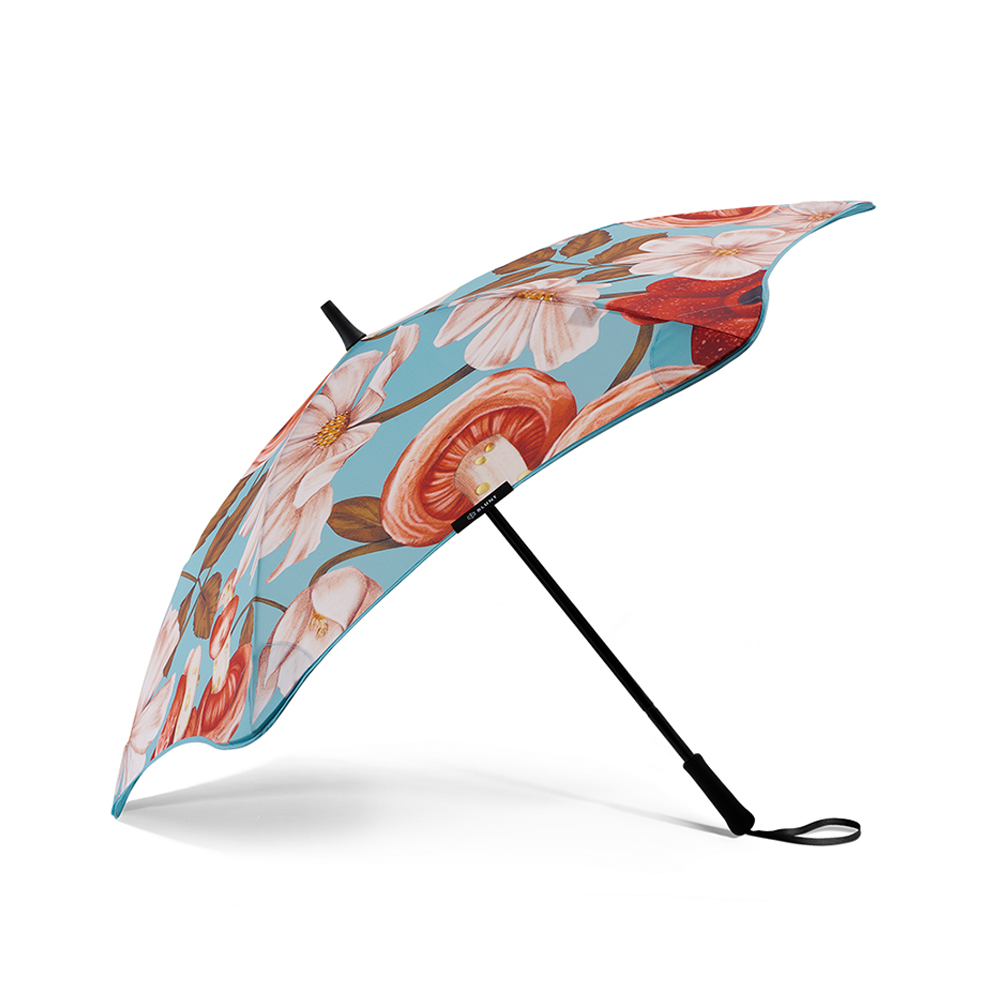 blunt umbrella kelly thompson coupe side 1000