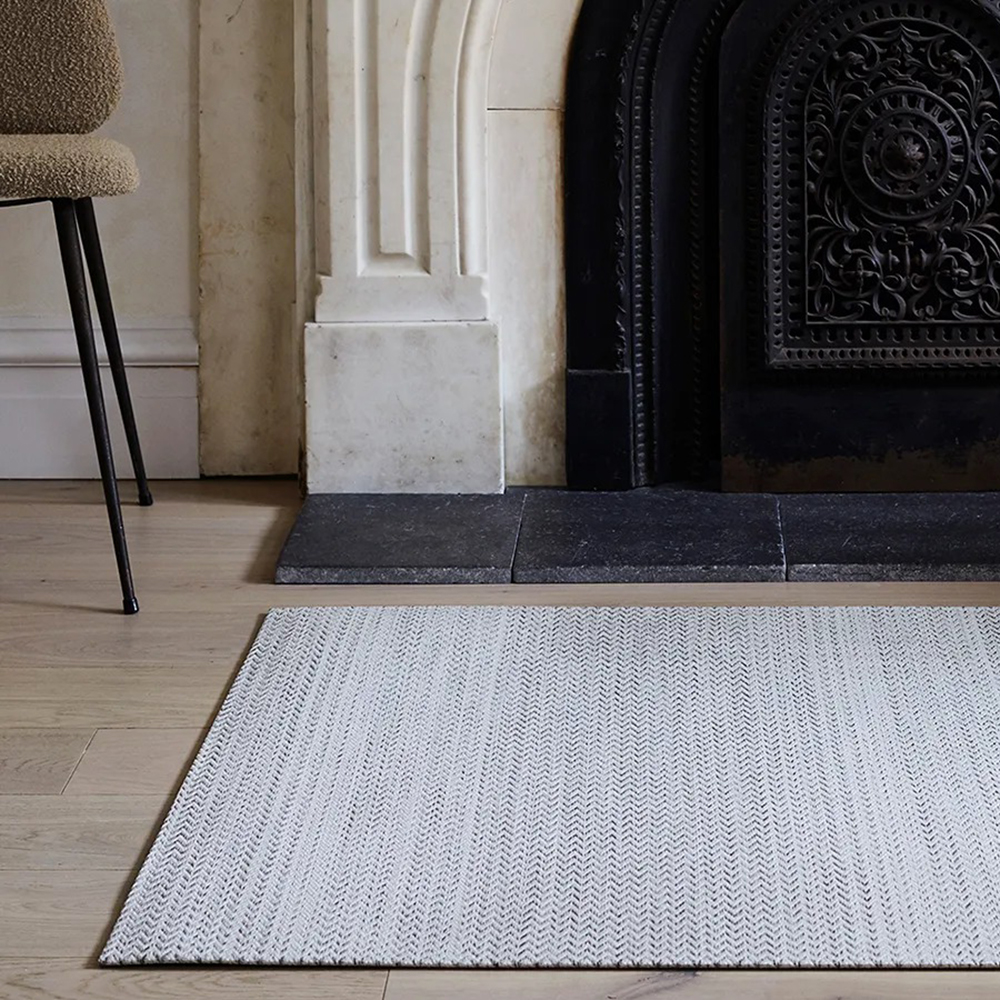 chilewich floormat quill sand lifestyle 02 1000