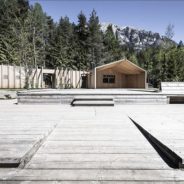 Sunday Inspiration  |  Lake House  |  South Tyrol - Italy news from top3 by design