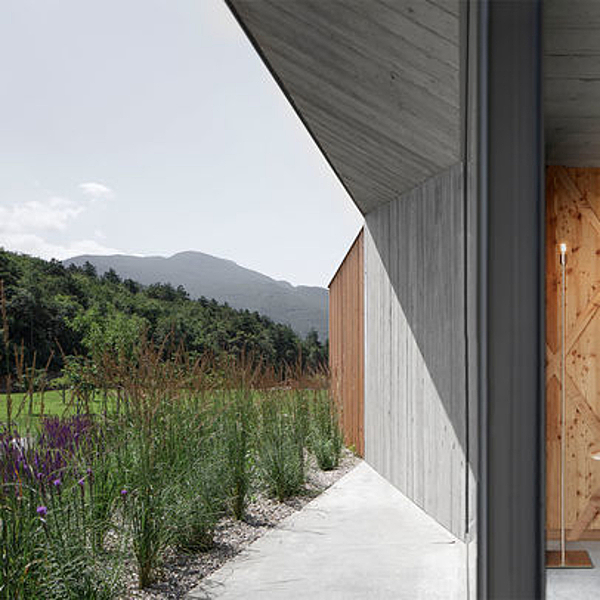 Sunday Inspiration  |  The Farmhouse  |  Trento, Italy news from top3 by design